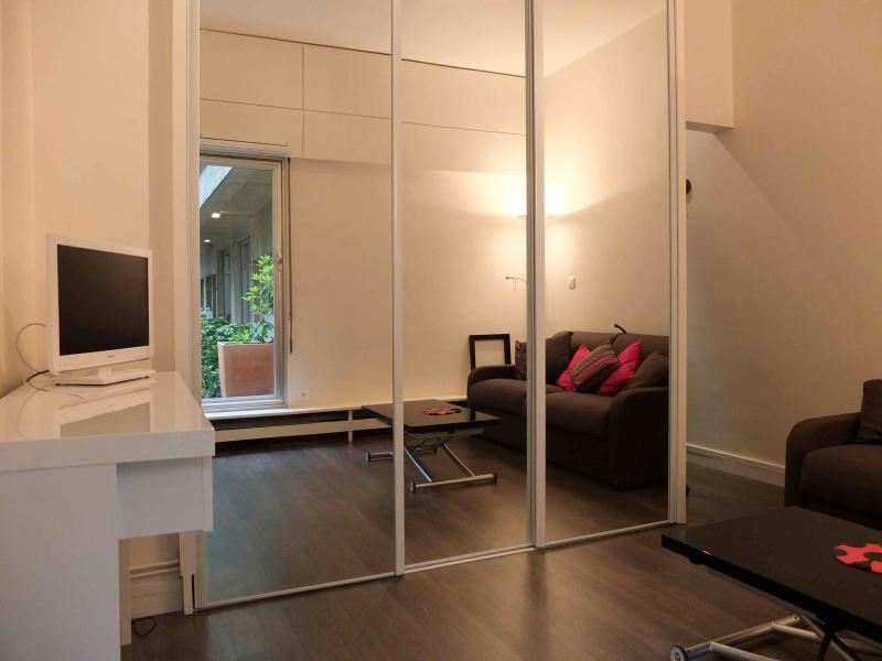 Very Quiet Parisian Studio Apartment in Square charles Laurent - Image 1 - Paris - rentals