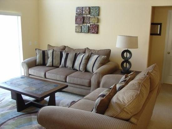 4 Bedroom home in Golfing Community. - Image 1 - Orlando - rentals