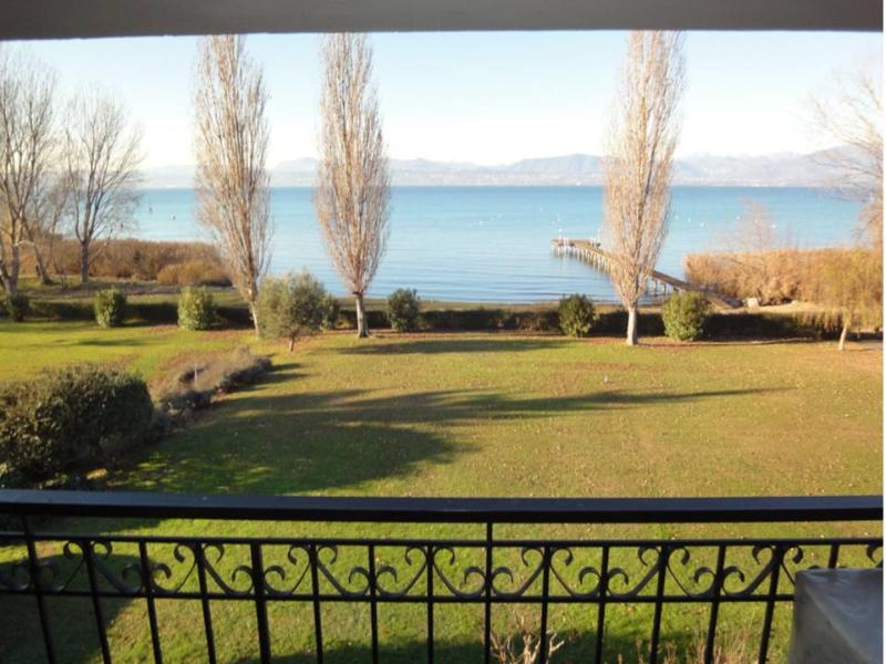 TOP apartment in front of the lake.  Wanderfull view waterfront - Image 1 - Sirmione - rentals