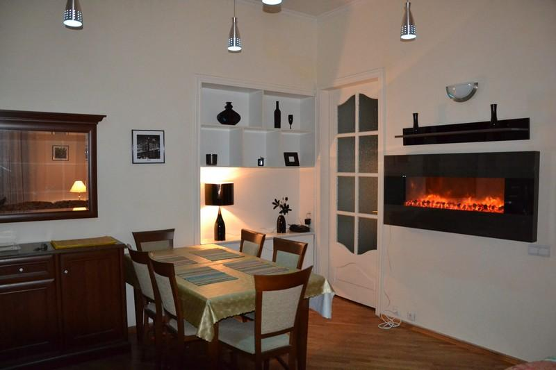 Spacious 4 Bedroom + Living in center - Image 1 - Kiev - rentals