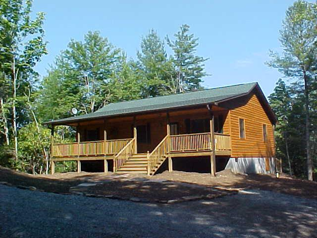 Private Mountain Cabin - Private Cabin Close To Dupont, Hiking and Biking - Brevard - rentals