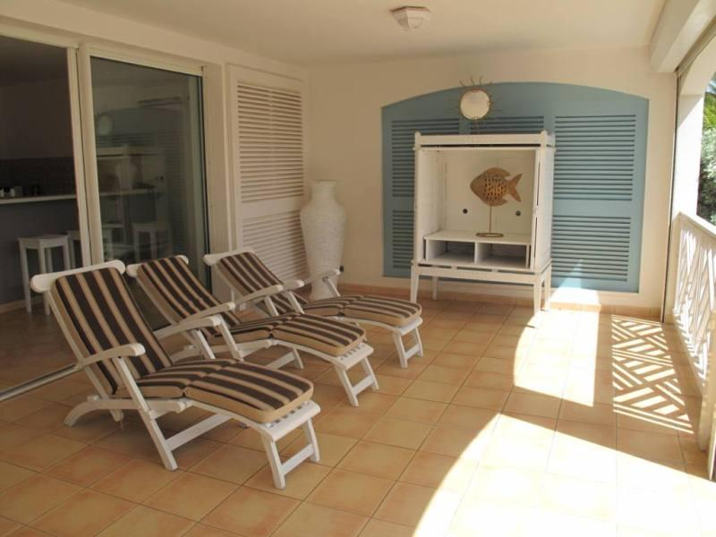 Caribbean Princess C1, Orient Beach, St Martin 800 480 8555 - CARIBBEAN PRINCESS C1......affordable beachfront condo perfect for small family or 2 couples - Orient Bay - rentals
