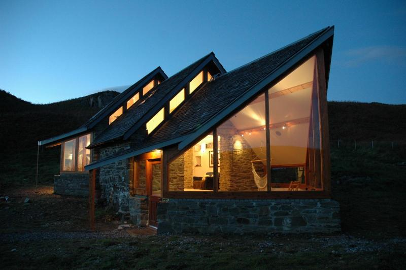 The Barn - Luxurious Self Catering In Argyll - Image 1 - Ardfern - rentals