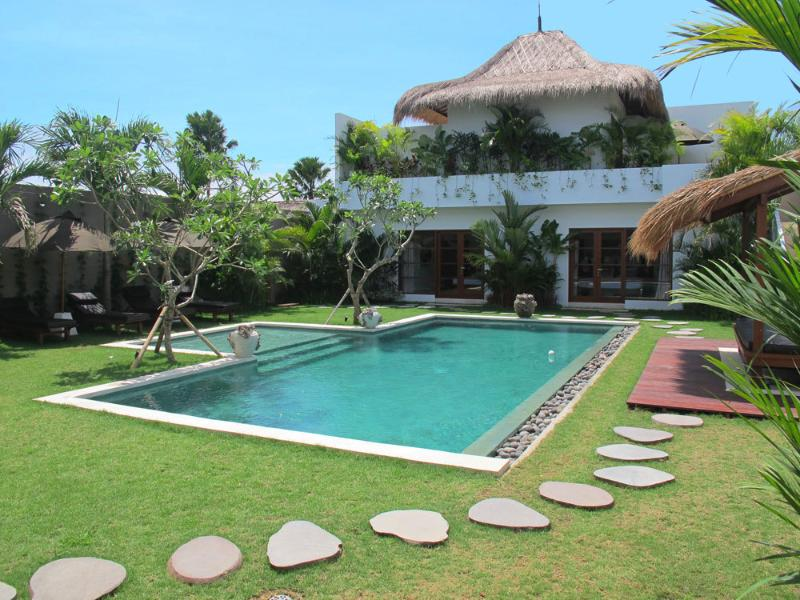 Villa #3395 - Image 1 - Seminyak - rentals