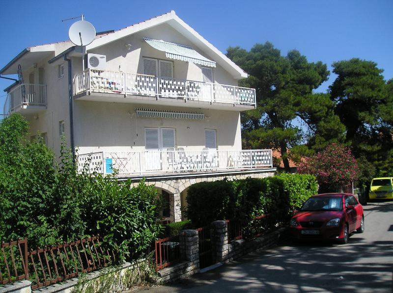 Apartment house Lucia Biograd n/m - Apartment excelent location yust 200m to the beach - Biograd - rentals