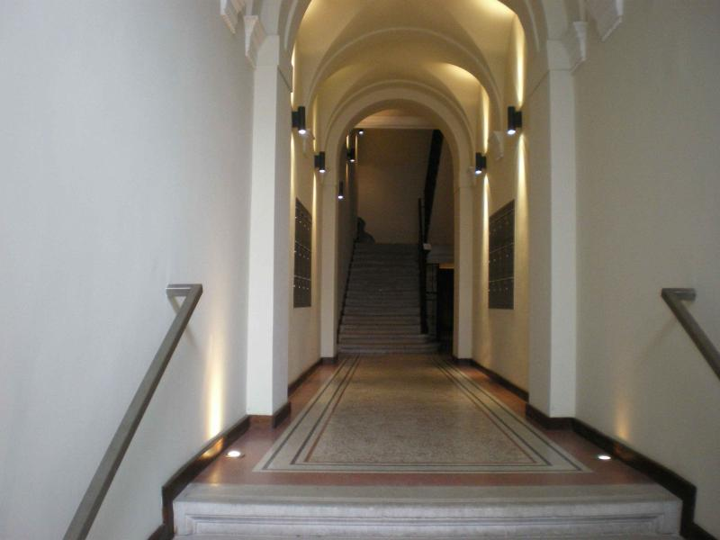 Entry - MANZONI -OPERAHOUSE - Chuy - rentals