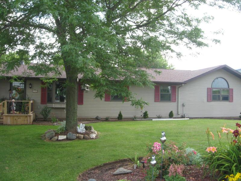 Front yard - Close to everything! - Elkhart Lake - rentals