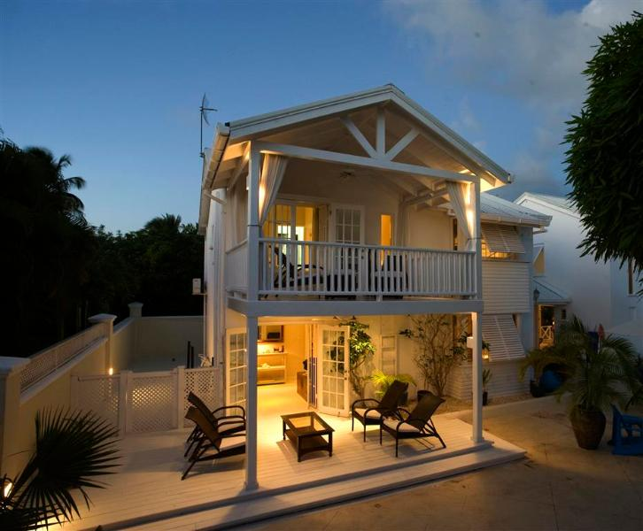 Entrance Hot - **Luxury Townhouse** St James Barbados West Coast - Saint James - rentals