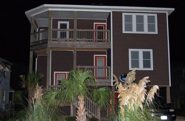 Front of Villa/Home - Nags Head Beautiful Villa, Pool,Hot Tub,Ocean View - Nags Head - rentals
