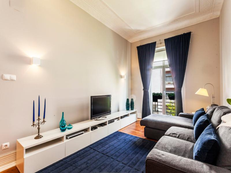 Deligthful Lisbon City Apartment - Image 1 - Lisbon - rentals