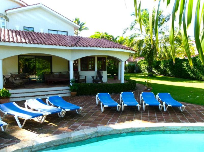 Spacious, elegant, immaculate and private - The family vacation is on...it's Mom's time off!! - Puerto Plata - rentals