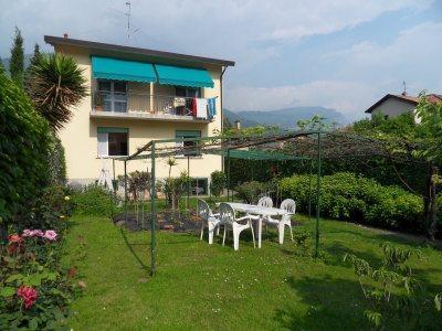 Jasmin House Garden - CASA GELSOMINO  Home Holidays Lake Como EXPO2015 - Mandello del Lario - rentals
