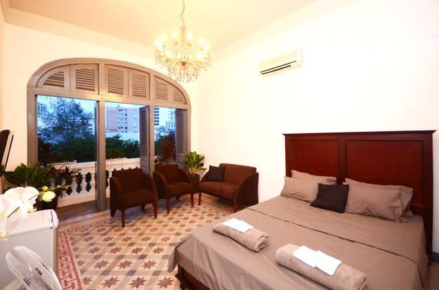 The room wih doors opened - Stylish Saigon Apt - Le Loi St, CBD - Ho Chi Minh City - rentals