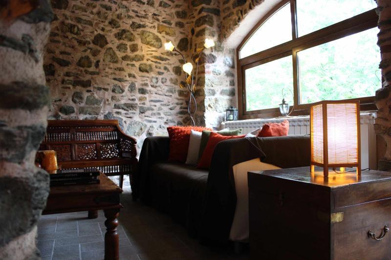 North Tuscany - Dreamy rural retreat in stone - Image 1 - Villafranca in Lunigiana - rentals