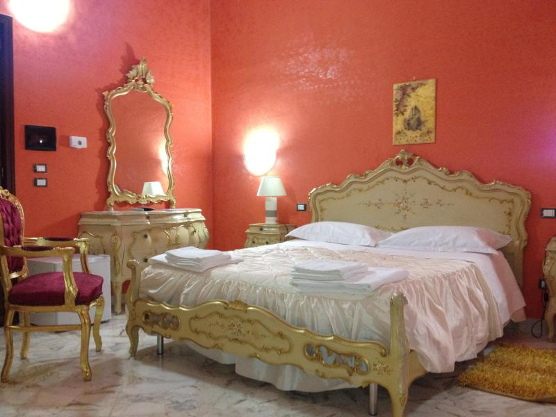 bed & breakfast - Image 1 - Lecce - rentals