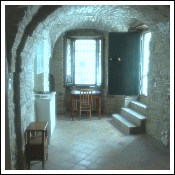 Old Post Office Hotel  - Volo dell'Angelo - 2 beds - Image 1 - Pietrapertosa - rentals