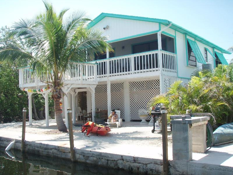 View from canal - Captain Rons Tropical Vacation Hideaway - Big Pine Key - rentals