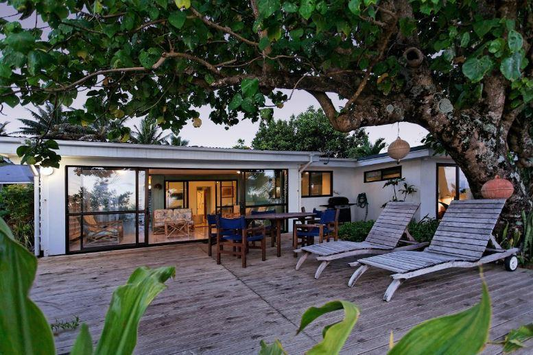 Sands Villas Beachfront: Vaka Villa - Image 1 - Rarotonga - rentals