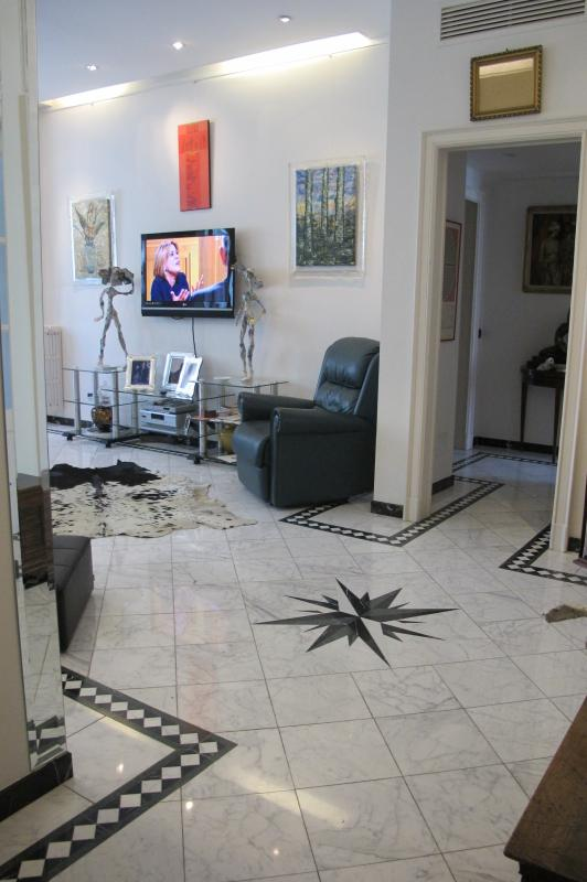 """Join all in carrara marble ..! - """"SUNSET GUEST HOUSE"""" IN THE HEART OF MILAN ITALY - Milan - rentals"""