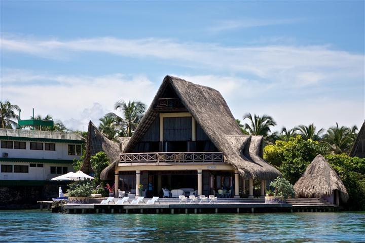4 Bedroom House on the Rosario Islands - Image 1 - Islas de Rosario - rentals