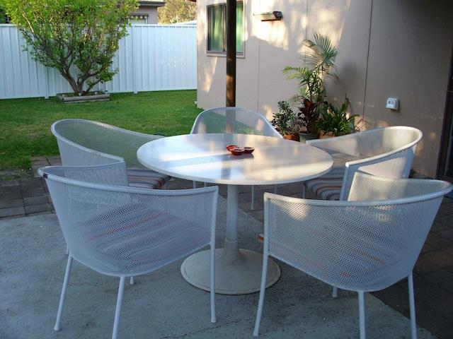 Covered outside area - Umina Beach House - Umina - rentals