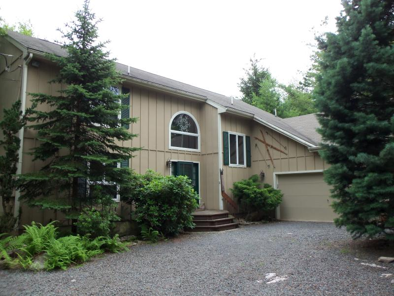 Front - Lake Harmony Private Mountain Home - Lake Harmony - rentals