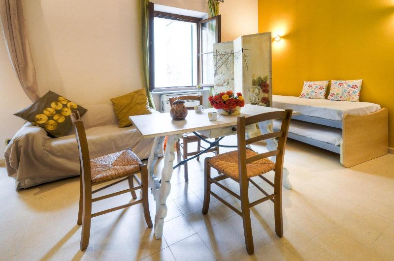Elegant loft in the heart of city - Image 1 - Alghero - rentals
