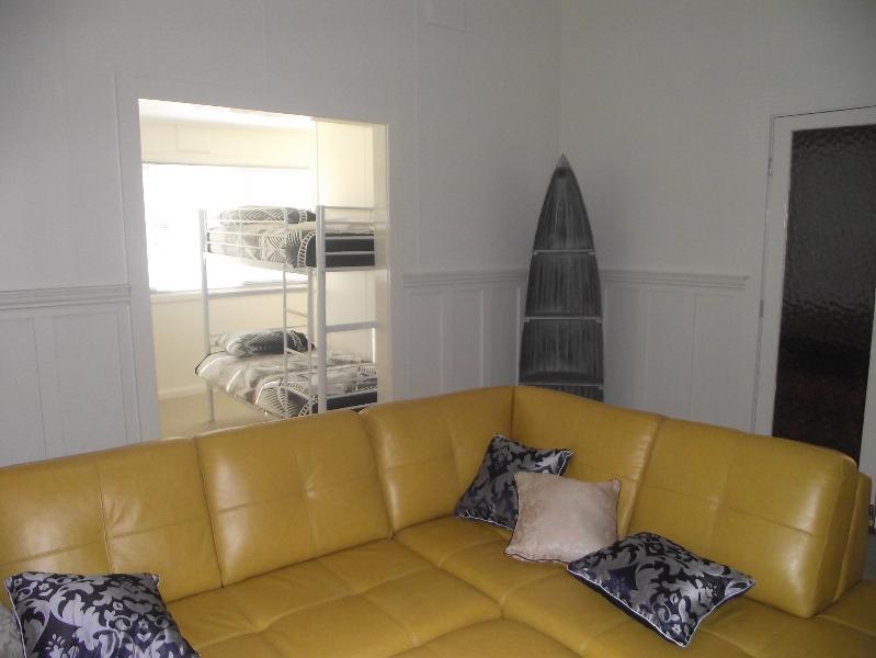 Lounge room Mill Lodge Yanco - Leeton accommodation Mill Lodge Yanco - Leeton - rentals