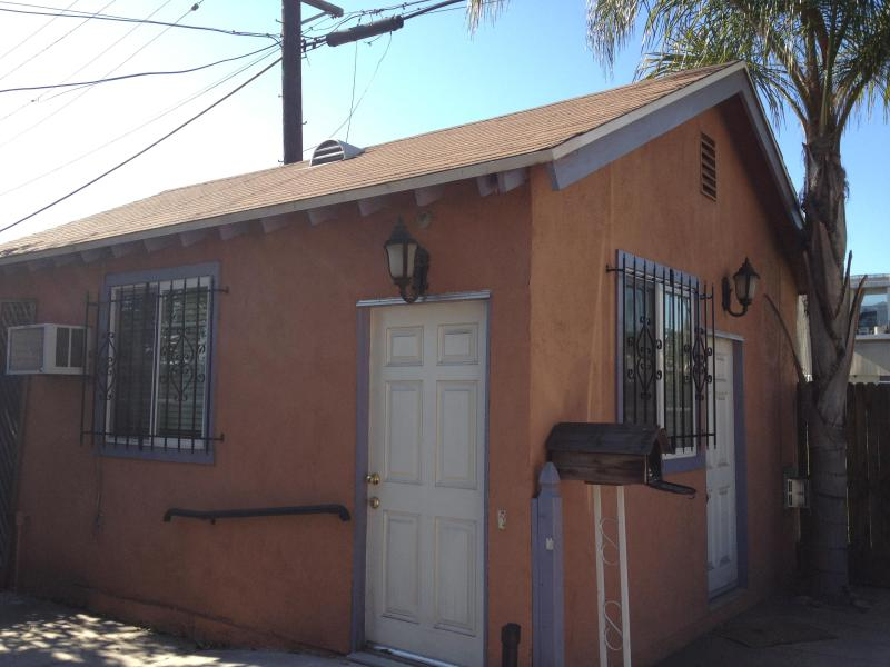 Hollywood Artist's Cottage!!! - Image 1 - Los Angeles - rentals