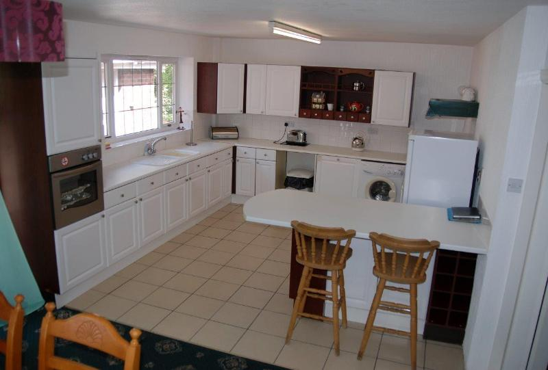 Large kitchen dining area - Blackpool House Cottage Luxury holidayaccomodation - Blackpool - rentals