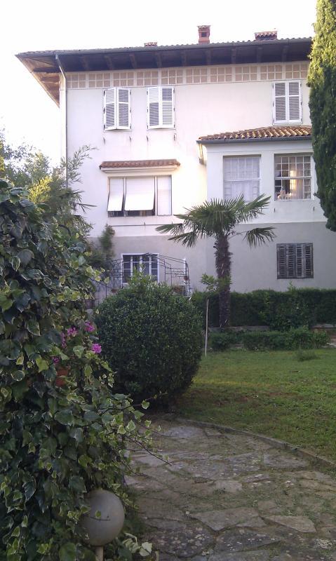 Villa Magnolia ewith private garden - VINTAGE VILLA MAGNOLIA HOLIDAYS - Pula - rentals
