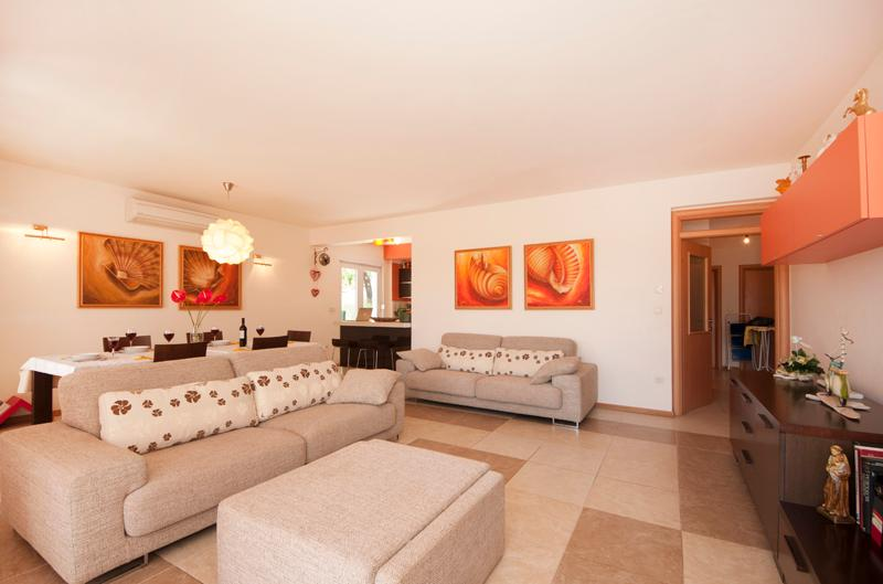 MODERN AND LUXURY APARTMENT 130m2 F1 - Image 1 - Split - rentals