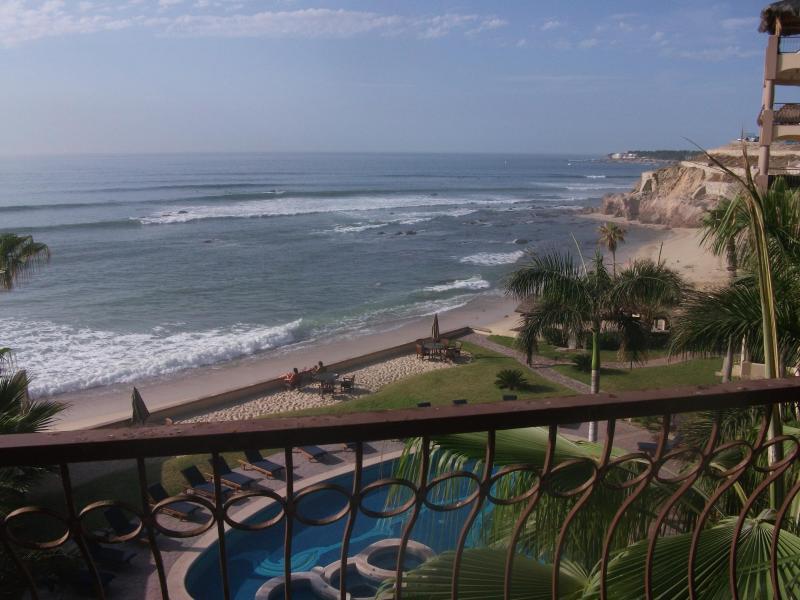 Patio View - BEAUTIFUL Beachfront Condo, Las Olas 3bdr - San Jose Del Cabo - rentals