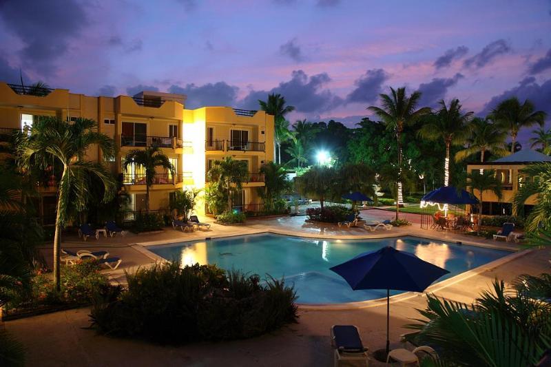 Pool and building - Tropical Oasis in the Heart of Sosua - Garden Condos #46 - Sosua - rentals