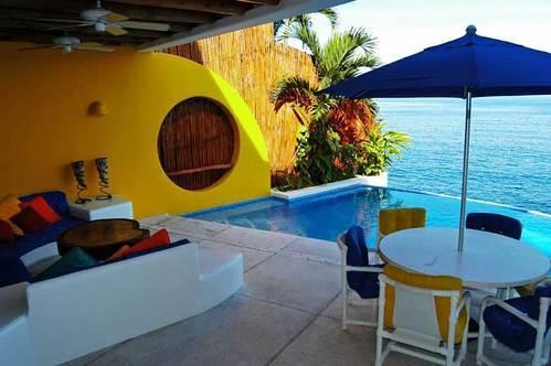 PVR - ROCKS4 - Wide Ocean Blues, walk to the beach - Image 1 - Puerto Vallarta - rentals