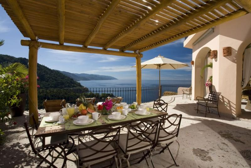 PVR - SUZIE4 Open air design and soaring ceilings combine with the soothing sounds - Image 1 - Puerto Vallarta - rentals