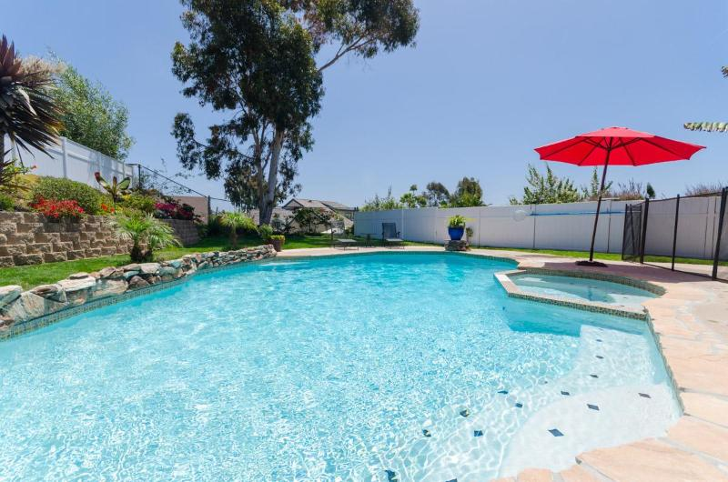Your Very Own Private Pool/Spa Tropical Retreat - 3 Min to Beach, Kid-Friendly Home, Private Pool/Spa - Carlsbad - rentals
