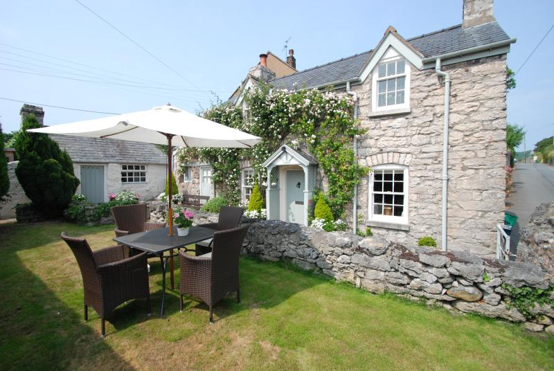 The Store House   Great Escapes Wales - Image 1 - Colwyn Bay - rentals