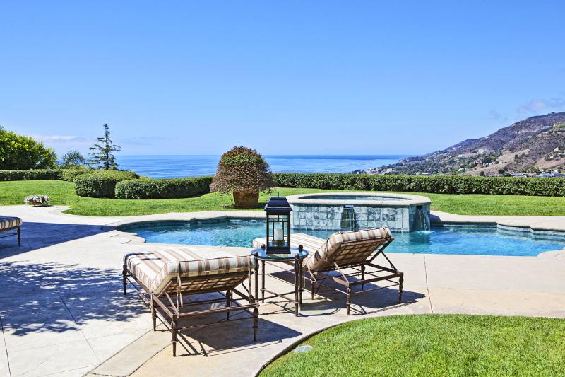 Private Paradise A Truly Beautiful Tuscan-Inspired Estate With Panoramic Ocean - Image 1 - Malibu - rentals