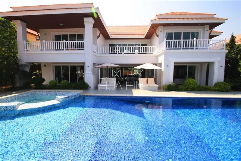 MANSION WITH SHORT DISTANCE TO THE BEACH - Image 1 - Hua Hin - rentals