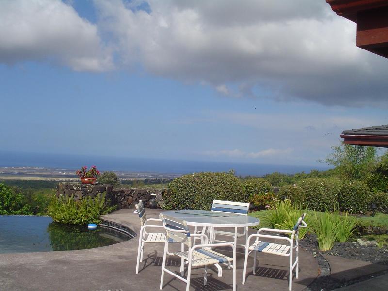 Pool side view - Elegant Maile Estate Quite O/View, Peacefull, Pool - Kailua-Kona - rentals