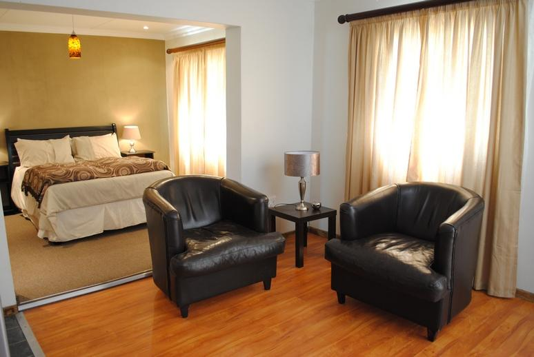 Extra Large Room - Welcome to Tranquil House - Queenstown - rentals