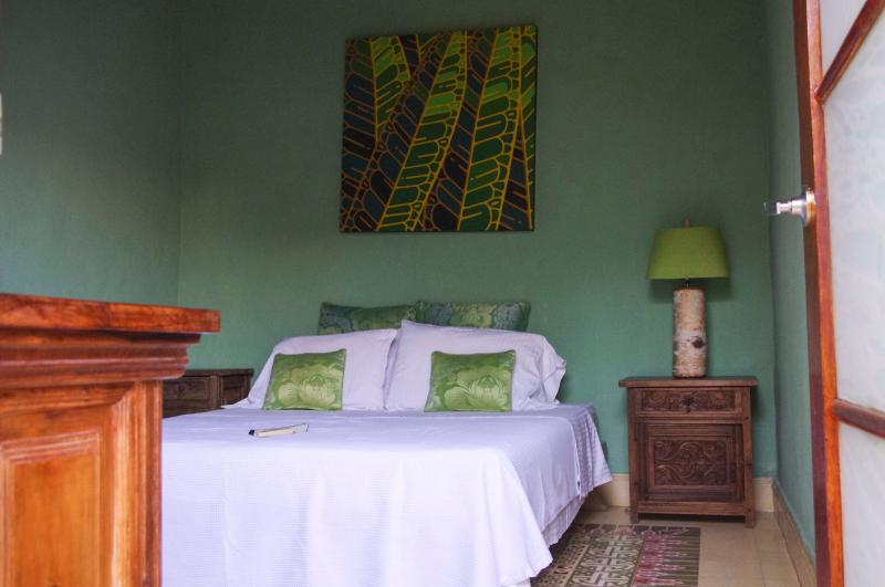 Green Room - ROMANTIC COLONIAL HOUSE IN OLD CITY - GREEN ROOM - Cartagena - rentals
