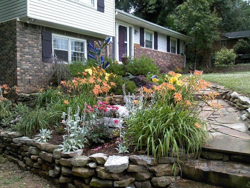 Rock garden with boulder fountain - Otterbend - Florence - rentals