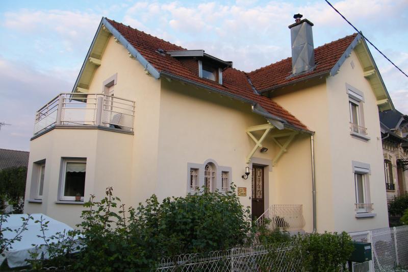 Villa Jules & Annette - Chambre d'Hôtes, B&B Jules Annette - Vittel - rentals