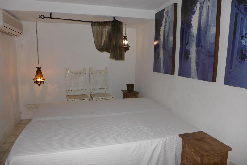 Blue Room - ROMANTIC COLONIAL HOUSE IN OLD CITY - BLUE ROOM - Cartagena - rentals