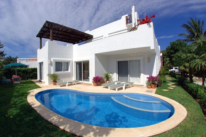 VILLA 4 Bedroom BEAUTIFUL OCEAN VIEW Playacar Ph1 - Image 1 - Playa del Carmen - rentals