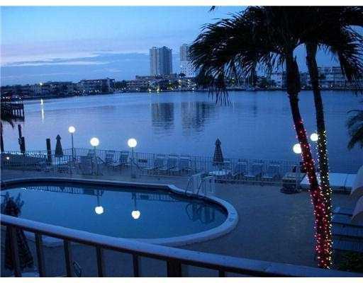 Paradise Harbour - Waterfront Condo - Hallandale - rentals