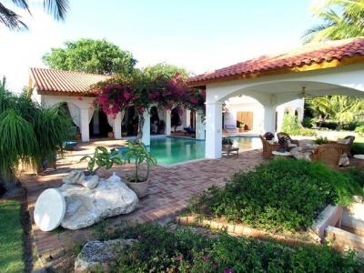 Pool and Cabana - Magnificent Lux Villa, 2nd Green, Teeth of the Dog - La Romana - rentals