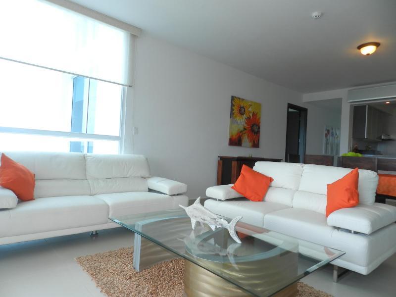 Living Room - Oceans 5A - Farallon - rentals